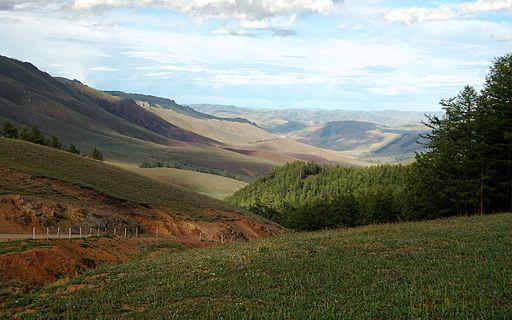 mongolia-tarvagatai_mountains_in_khangai_range