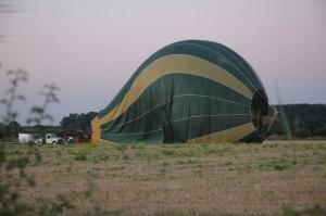Hot_Air_Balloon_at_Baughton_-_geograph.org.uk_-_548819
